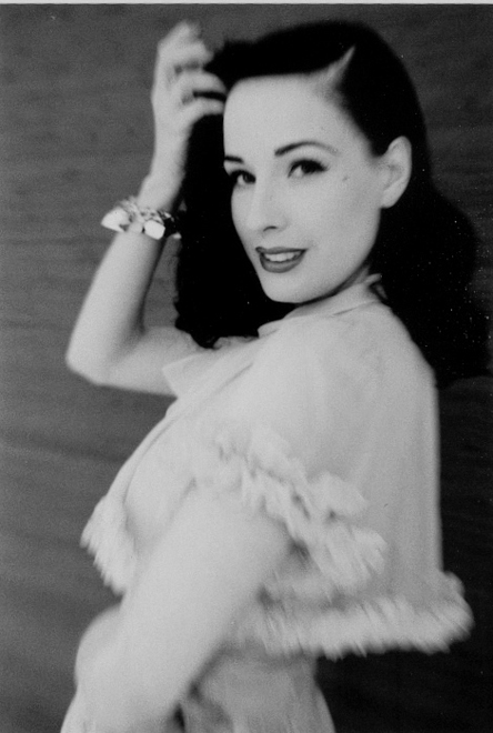 Dita von Teese 1 by Esther HAASE