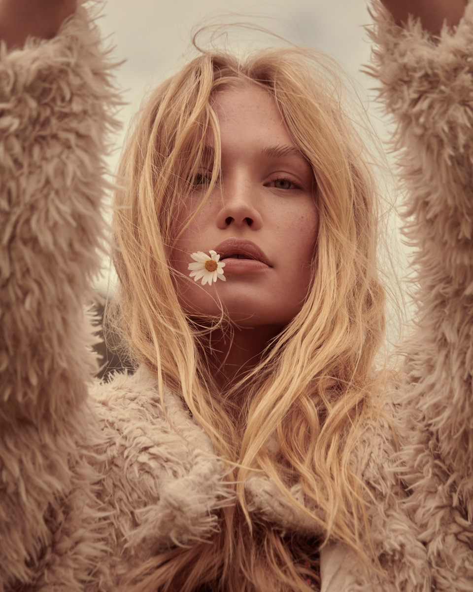 Free People 1 by Andreas ORTNER